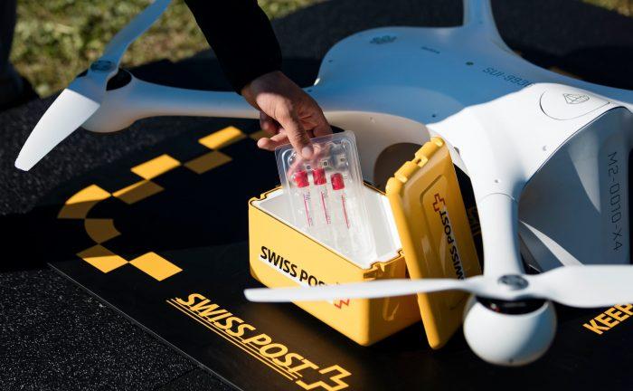 「医療」こそがドローンが活躍する舞台、空飛ぶ機械は未来のライフライン