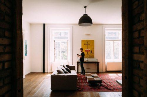 高級路線で競争するホテルとAirbnb。「ラグジュアリー」の再設計で若者の心をつかむ