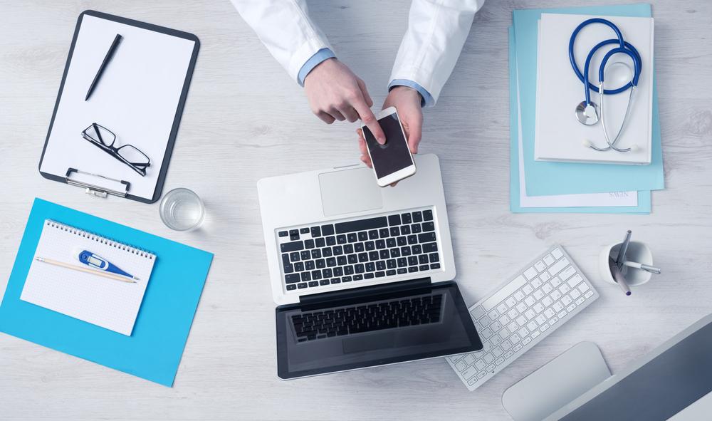 ミクシィが介護予防を変える!「健康寿命の延命」に向けたコミュニケーションシステムの活用とは?