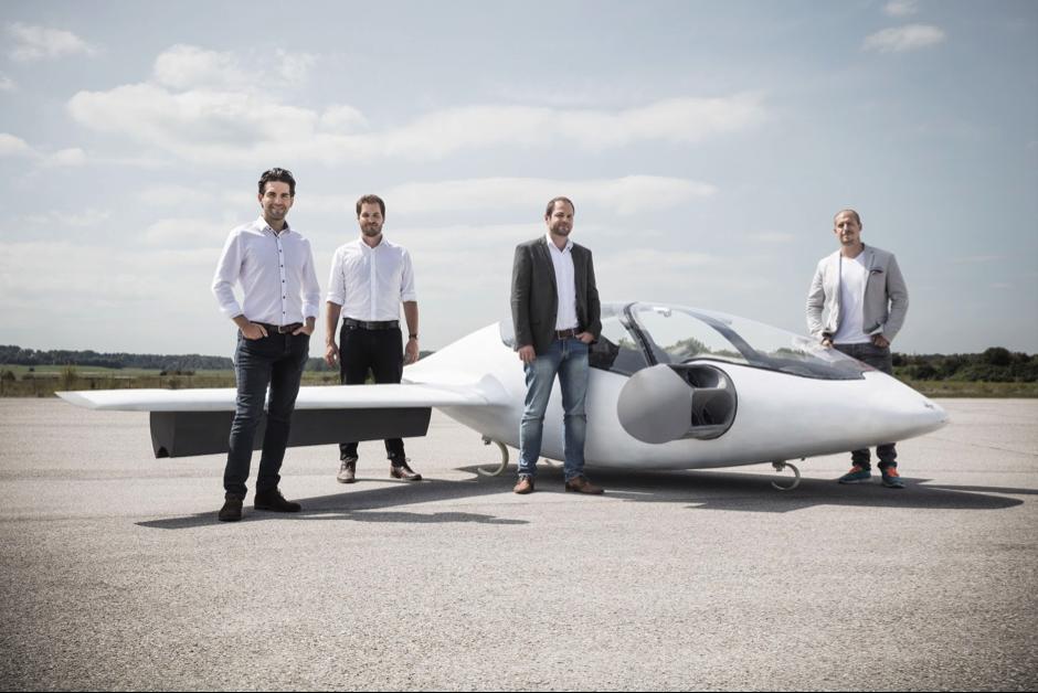 ミレニアル世代創業者たちの夢、ドイツ発・空飛ぶタクシー「Lilium Jet」