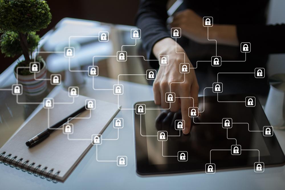 「ブロックチェーン」の安全性がデジタルデータの応用領域を広げる。東京海上日動とPlanetwayが医療情報連携で実証実験を完了