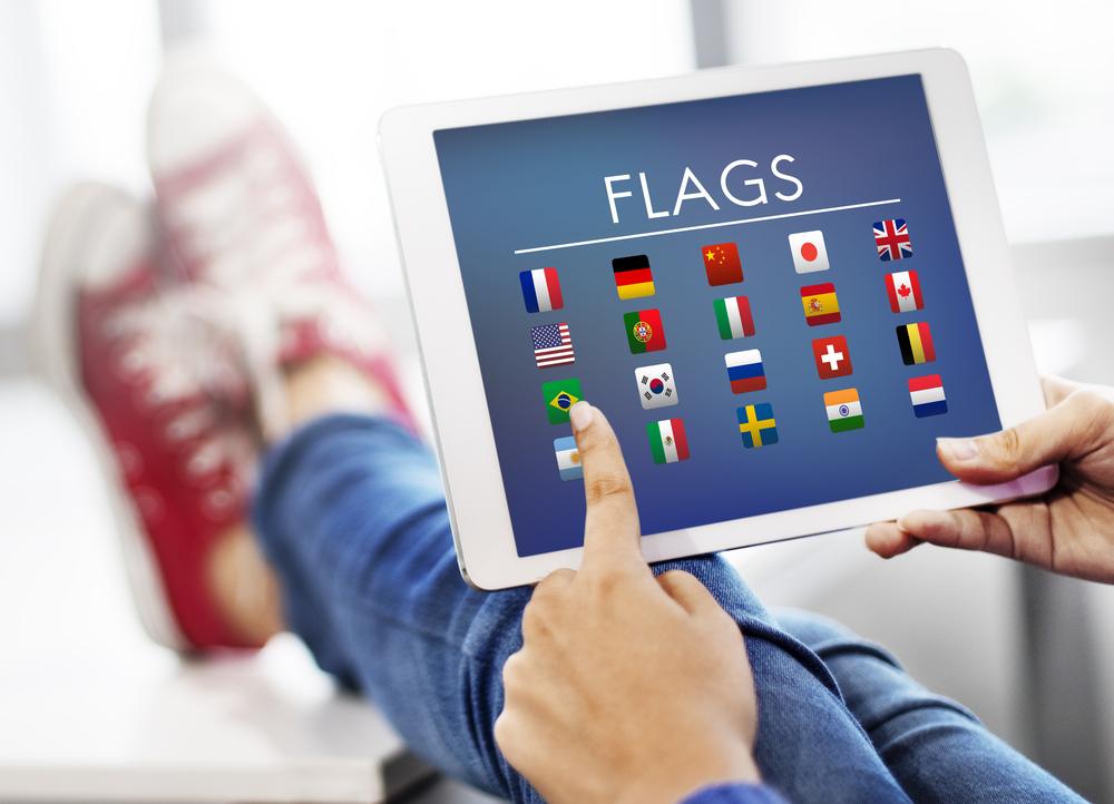 """越境ECへのサイト多言語化をスマートに。""""AIベースの多言語レコメンド機能""""でEC市場を国内から世界へ"""