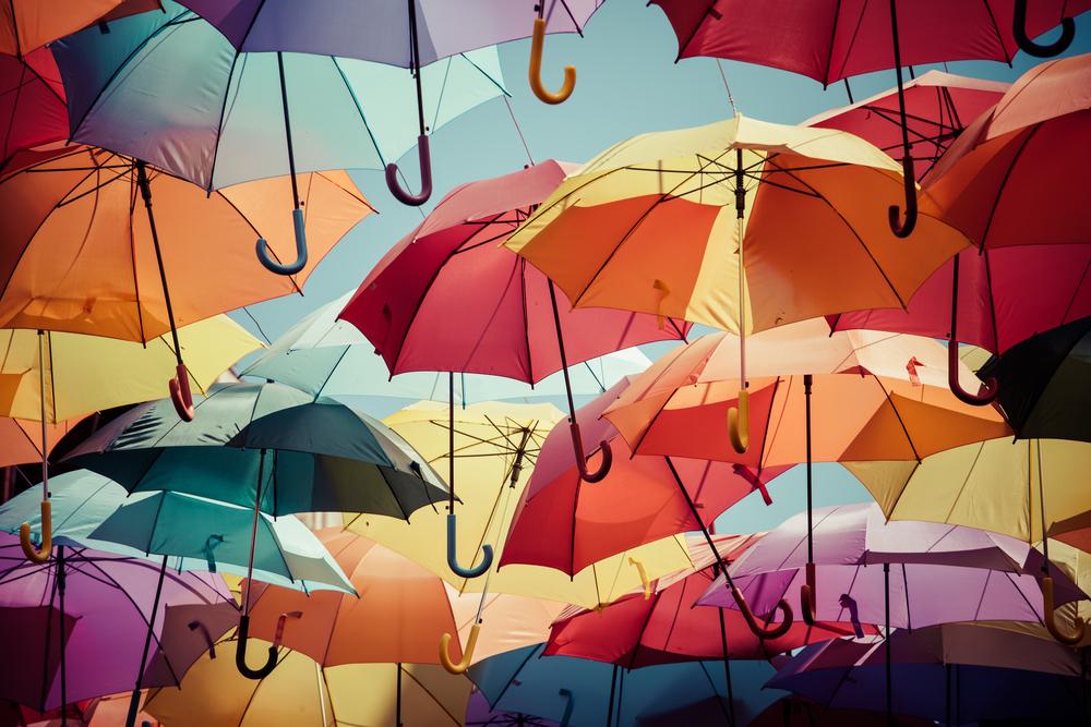 自動販売機で傘をシェア。「レンタルアンブレラ」にみるシェアリングサービスの広がり