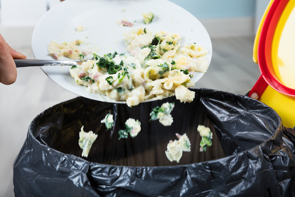 食料廃棄問題を食品メーカー・工場のマッチングサービスで解決する「シェアシマ」