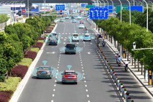 """世界初「自動運転タクシー」が公道で""""営業走行""""を開始。日の丸交通とZMPの実証実験"""