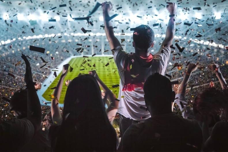 """スポーツファンの""""想い""""を投資に変えて資金調達。東大発ベンチャーが仕掛けるカード型スポーツビジネス"""