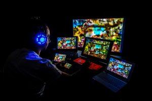 """英国初の政府系「インターネット依存症クリニック」開設で巻き起こる議論。最初の着手は""""ゲーム障害"""""""