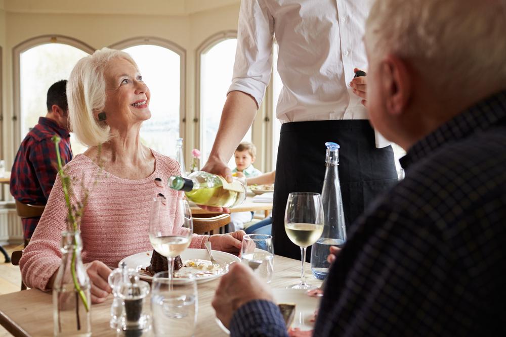 """飲食店が""""外国人観光客""""に対応するには?広がるインバウンド消費へ対応する多言語サービス"""