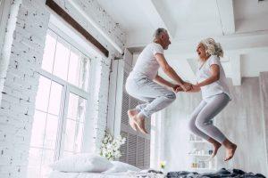 首位はスイス、日本は22位〜「定年生活快適度世界ランキング」に見る、世界の定年後生活保障問題