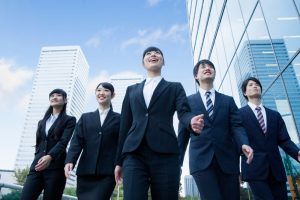半数以上が3年以内の転職を意識。新卒社員の仕事への満足度