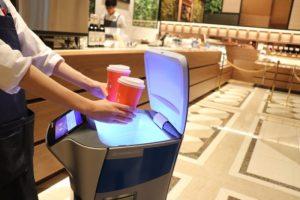 国内初の次世代カフェ「スマホで注文&決済でロボットがデリバリー」