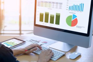 業務提携やM&Aに向けた情報を分析。企業分析AIサービス「Finplus」とは