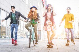 """ファッション偏差値が一番高いミレニアル世代は""""年間68万円""""の支出"""