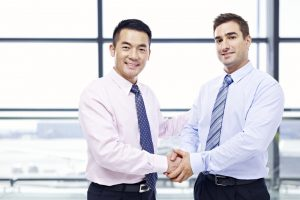 「言語と文化の違い」がキーに。職場の外国人社員の70%は社風や文化に順応。