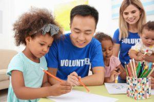 ビジネスパーソンの関心度40%「英語」を使ったボランティアへの意識調査