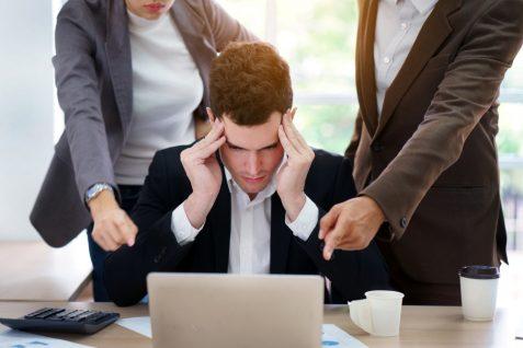 転職時に「トラブル経験あり」は過半数。「1社で長く働きたい」が本音。